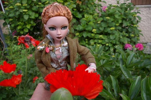 Lisette et ses copinettes découvrent  les fleurs de gigi Imgp2515