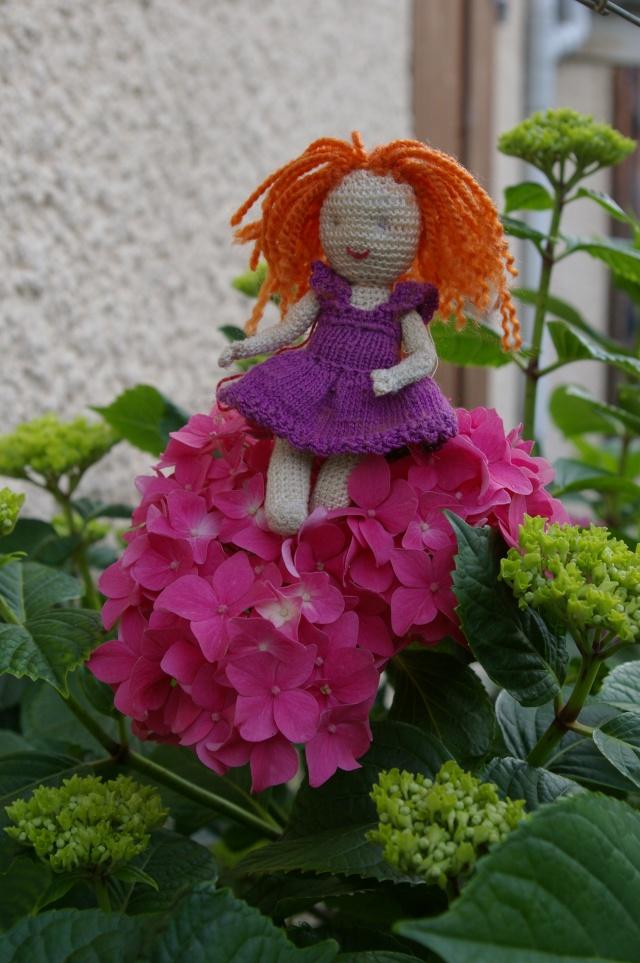 Lisette et ses copinettes découvrent  les fleurs de gigi Imgp2518