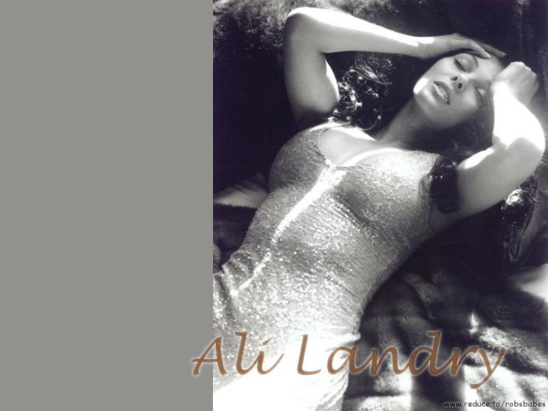 Les Photos que je ne peux pas poster sur le forum Officiel ;) Ali_la13
