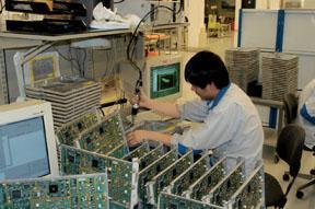 مصنع نوكيا من الداخل M10