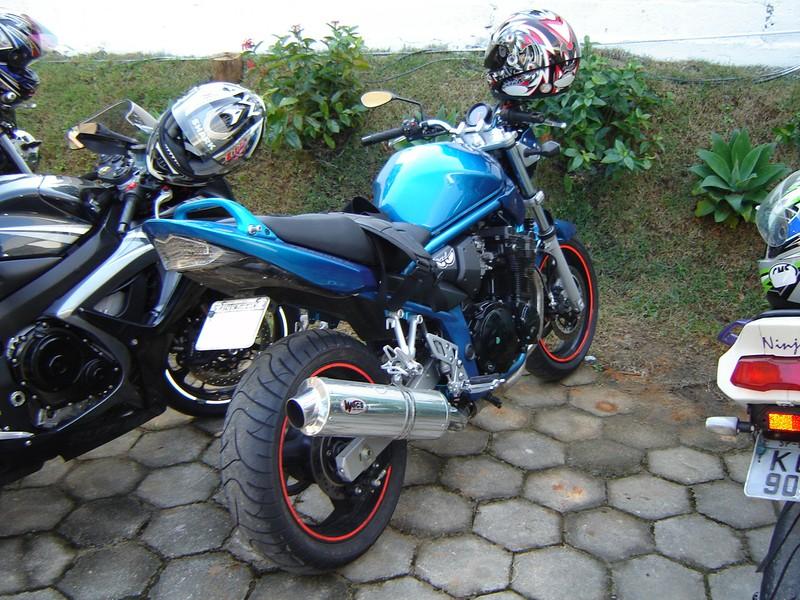 Pirataria no Suzuki OnLine! Dsc08910