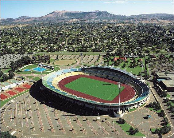 ملاعب جنوب افريقيا المنضمة لكاس العالم 2iruag10