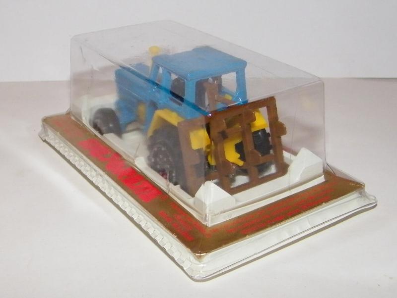 N°208 tracteur 208_tr12
