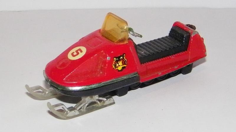 N°249 MOTO-NEIGE 249_mo12