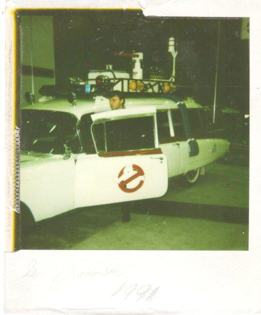 Une replique de ECTO-1 ( Bob Lintz's ) de Ohio a Montreal en 1991  1991_e10