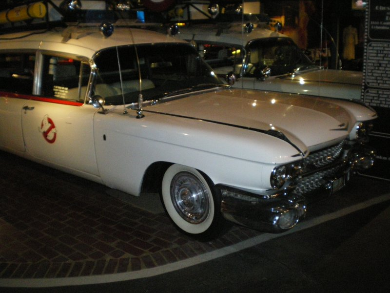 Peter Mosen s ecto-1(star cars museum) 610
