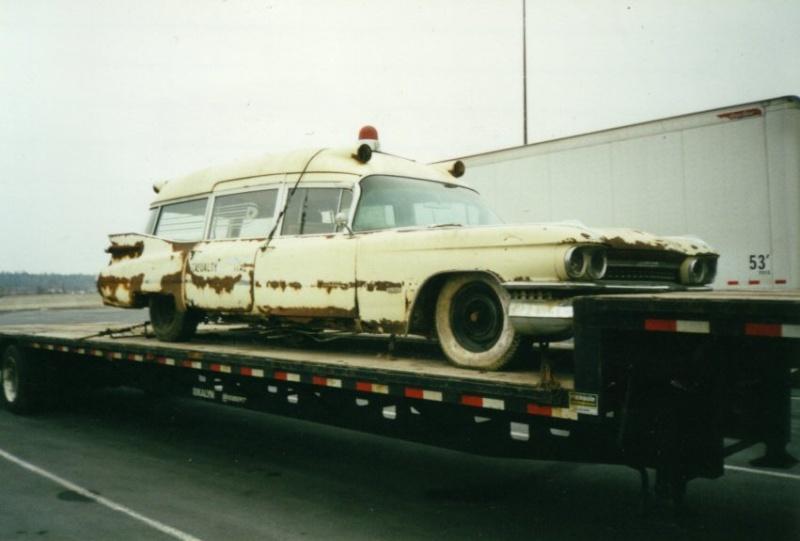 Mes autres Cadillac ambulance Miller Meteor   1959 Ecto_110