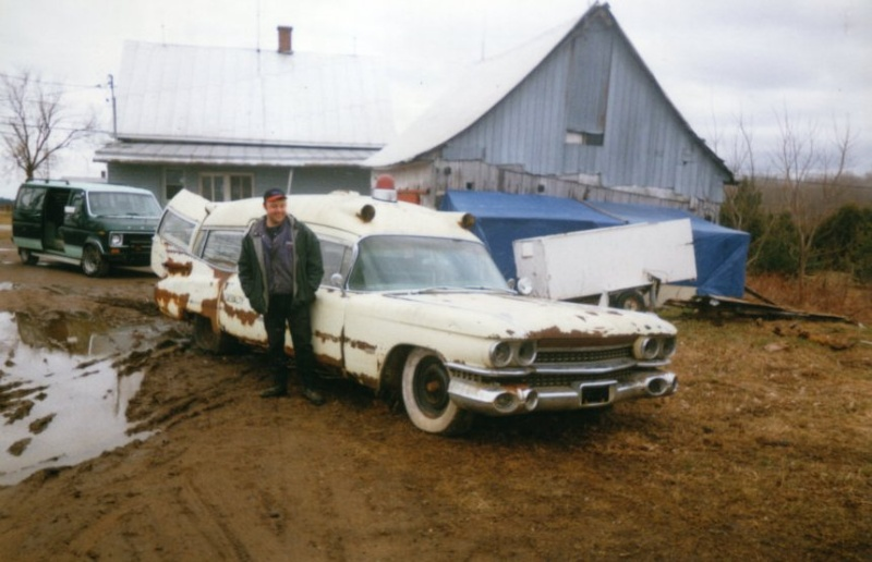 Mes autres Cadillac ambulance Miller Meteor   1959 Ecto_111