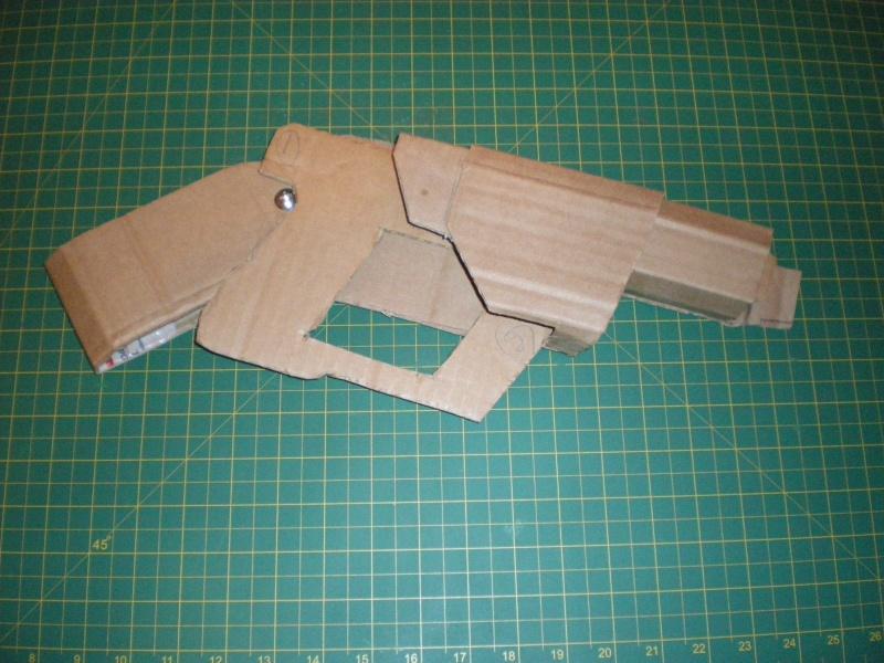 """ V "" Visiteur laser gun holster  Imgp5010"