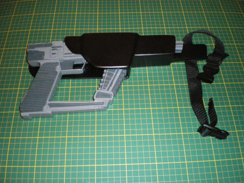 """ V "" Visiteur laser gun holster  Imgp5411"