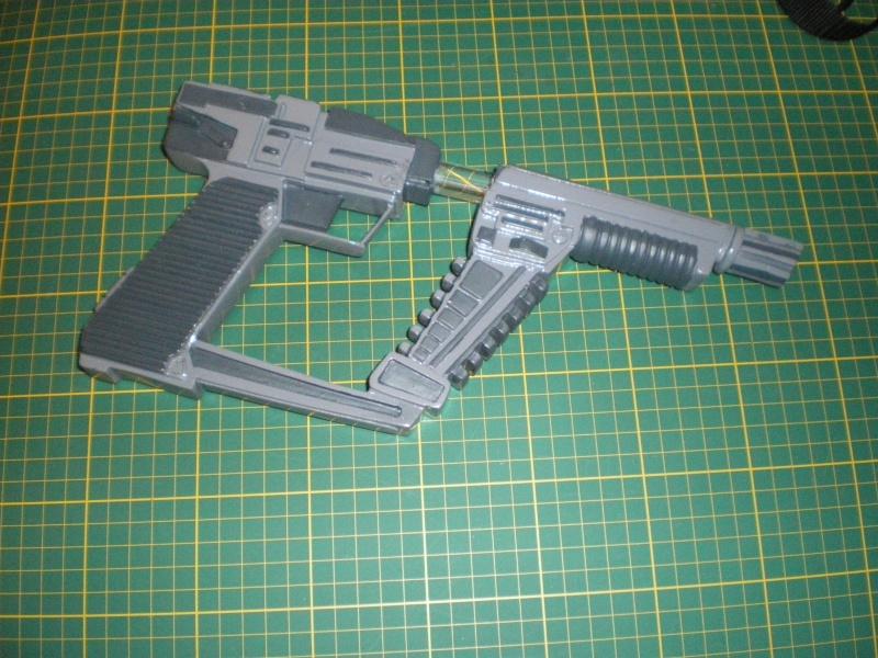 """ V "" Visiteur laser gun holster  Imgp5412"