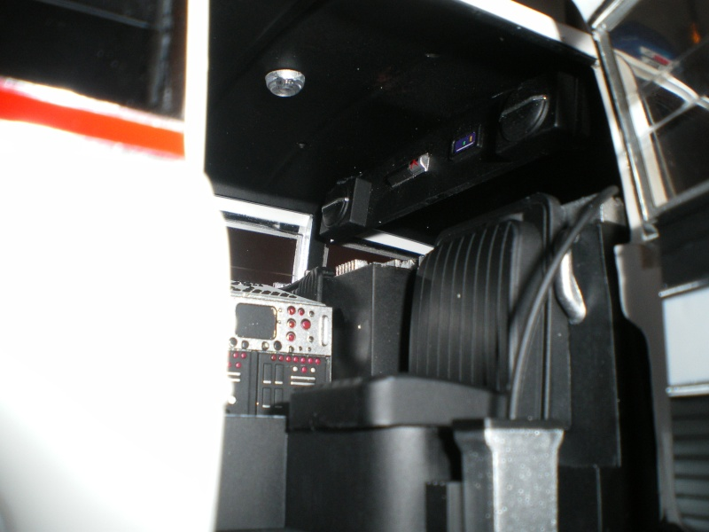 Mon Hotwheel 1/18 Ecto 1  de chez nice cars diecast   Imgp6127