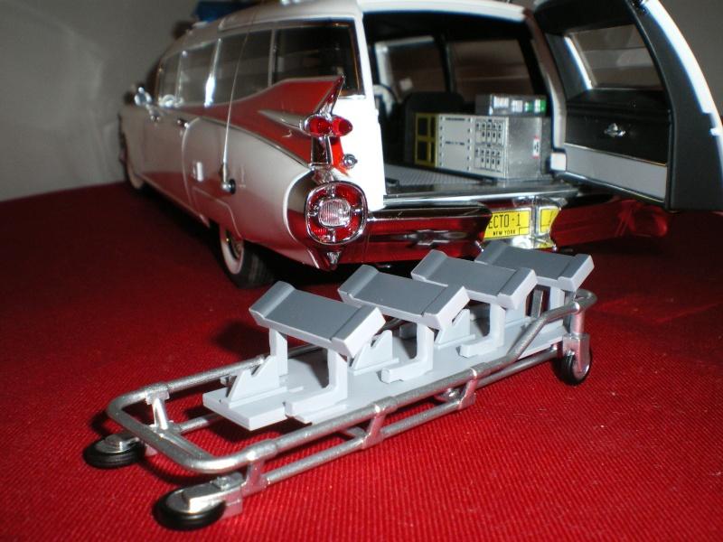 Mon Hotwheel 1/18 Ecto 1  de chez nice cars diecast   Imgp6132