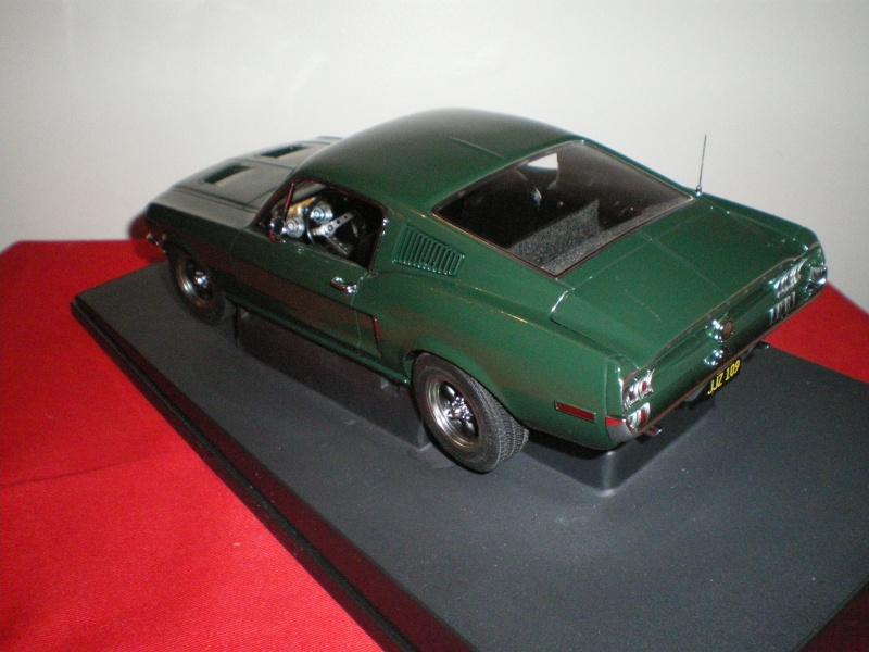 Mustangs 1968 à l'échelle 1:18  Imgp6142