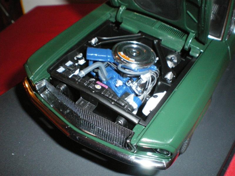 Mustangs 1968 à l'échelle 1:18  Imgp6143