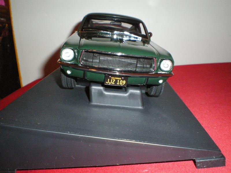 Mustangs 1968 à l'échelle 1:18  Imgp6214