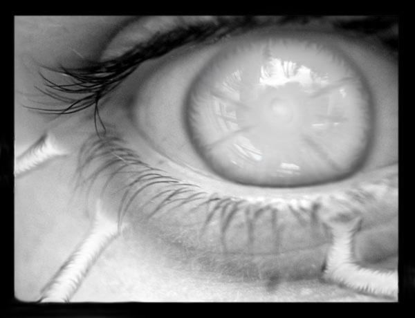 eye_de24.jpg