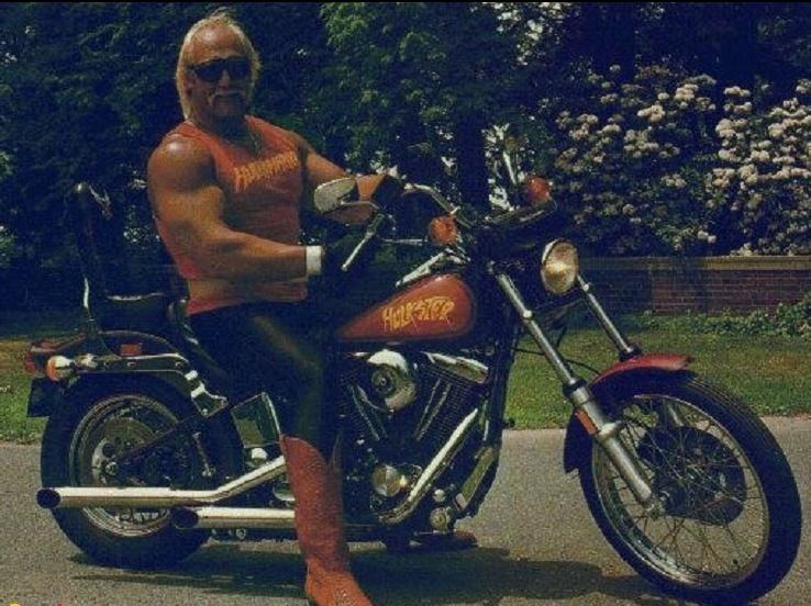 Ils ont posé avec une Harley, principalement les People - Page 3 Captu570