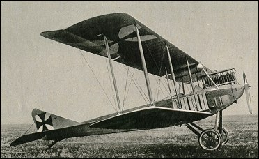 """LOS """"ALBATROS"""" (un avión, una leyenda) Albatr10"""