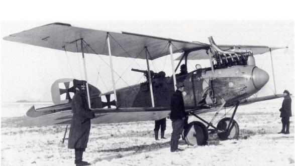 """LOS """"ALBATROS"""" (un avión, una leyenda) Albatr23"""