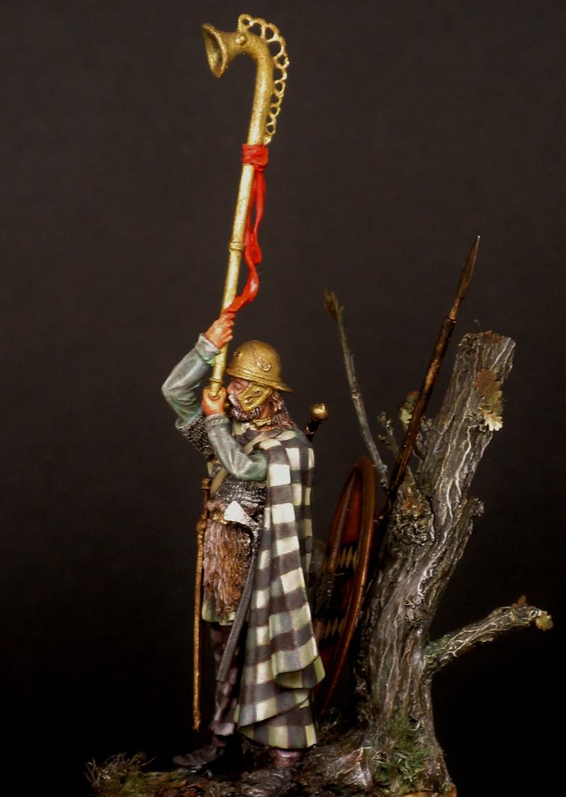 Atelier peinture à l'huile : le celte au carnyx - Page 4 Img_0812