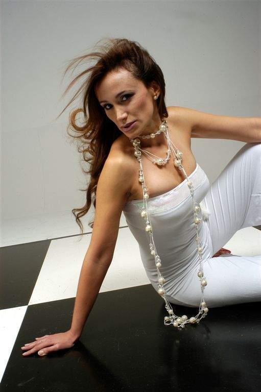 Alejandra Fosalba 0810
