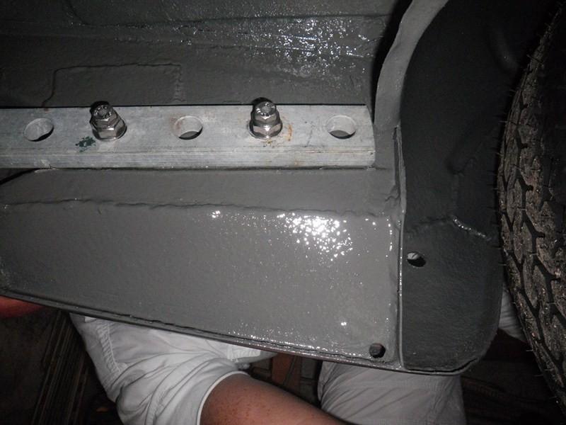 denis du bas rhin et sa Karmann Ghia de 73 sortie de grange - Page 2 Imgp0612