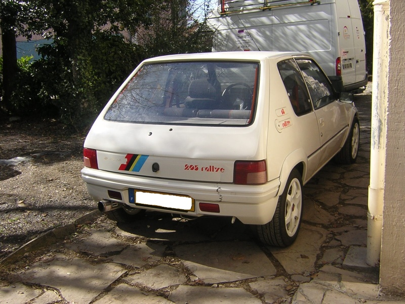 [bencitrouille]  Rallye - 1294 - blanc - 1989 Dscn7250