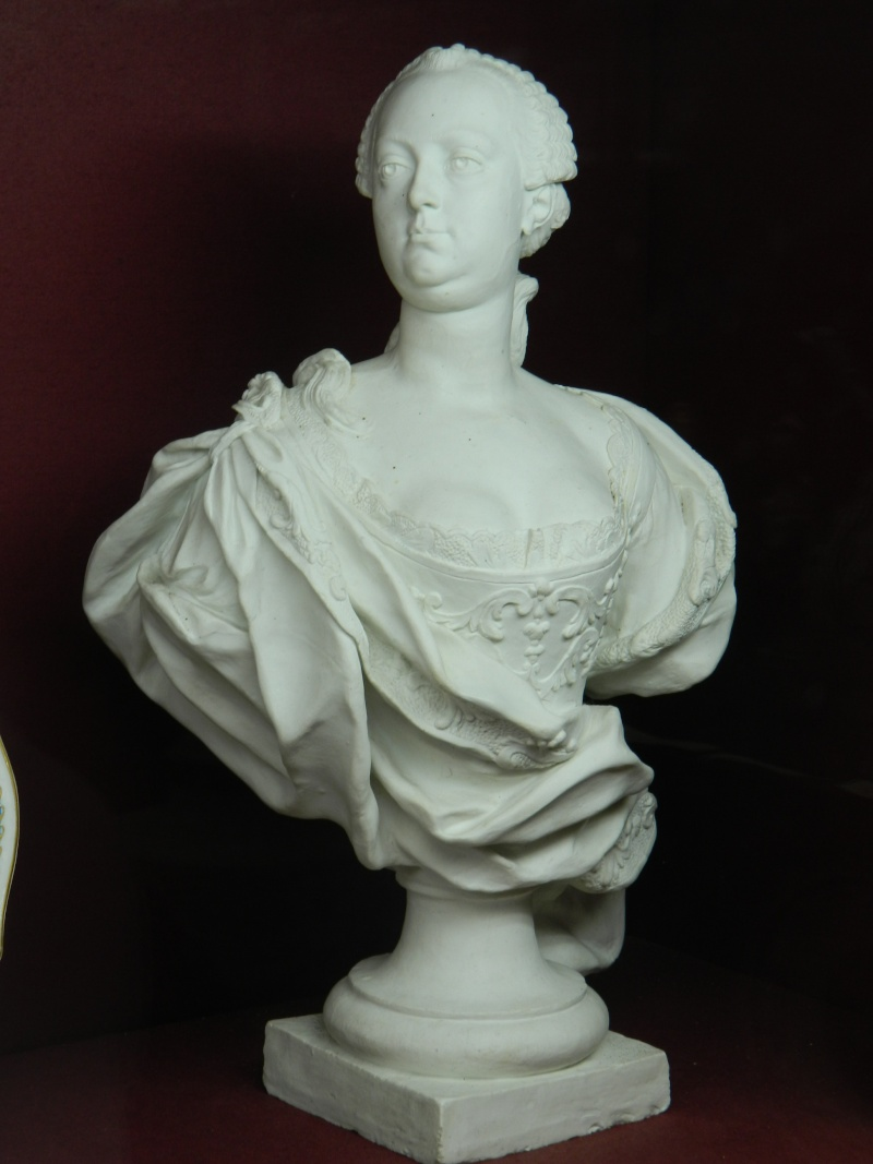 Musée National de la Céramiques de Sèvres - Page 2 Dscn0245