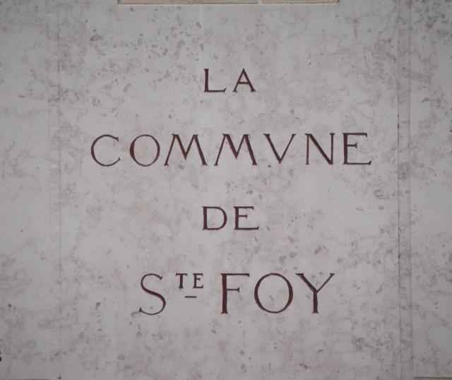 [Histoires et Histoire] Monuments aux morts originaux Français Tome 1 - Page 2 Dsc05420