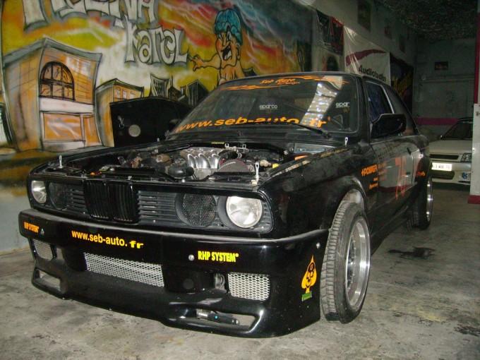SEB AUTO ET SA BMW E30 DRIFFT Pict0030