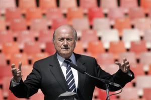 Euro 2012 : la FIFA lève ses menaces contre la Pologne Fifa10