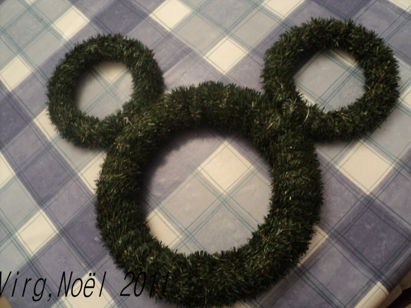 couronne de porte Mickey Dsc06817