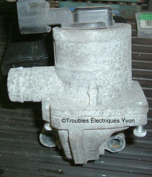 Système d'injection d'air secondaire de Trailblazer 2008 Dscf3015