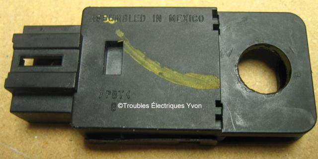 Silverado, interrupteur de freins Img_9411