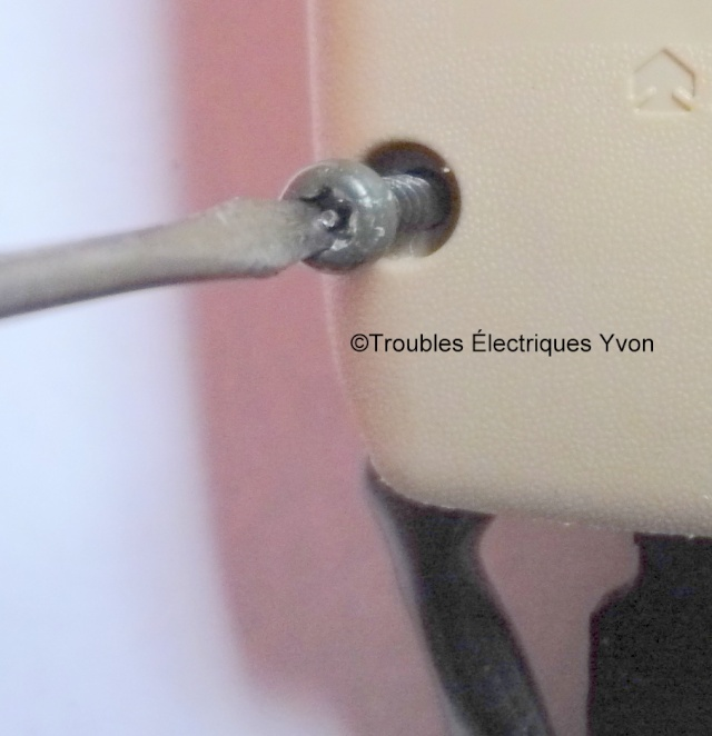 Truc, enlever un boulon temper proof torx P1060111