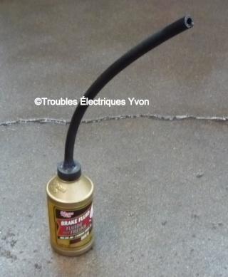 Truc pour remplir le liquide PS ou freins P1060320