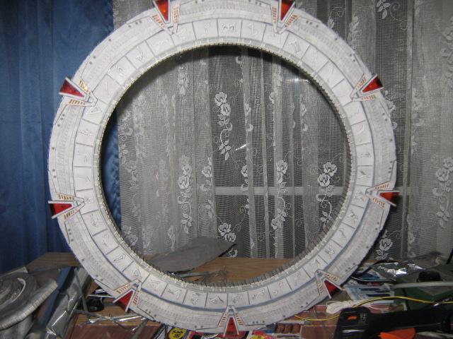 Stargate von paperlaul.blogspot Sg8010