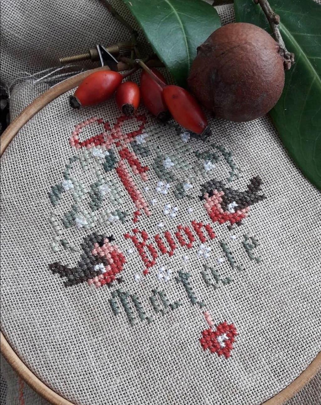 Free Noël .....chez la Comtesse et le Point de Croix  6c588510