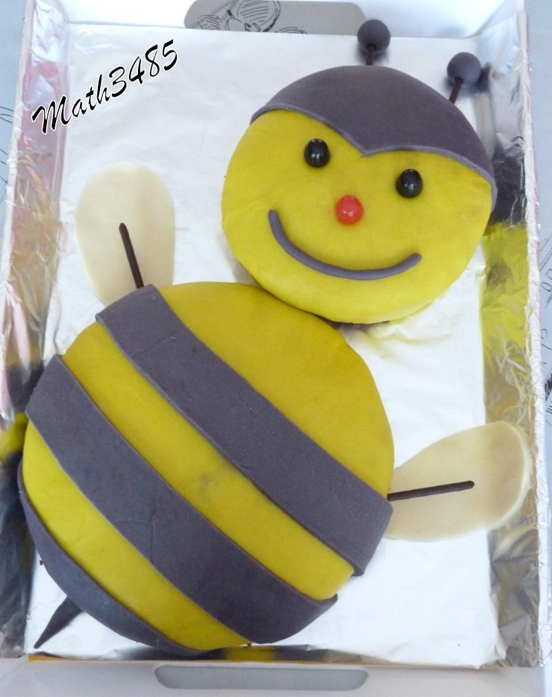 abeille et ruche - Page 2 P1460811