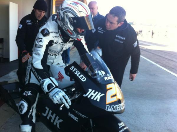 [Moto2 et Moto 3] Test Valencia du 8-10 février 2012 Alipqe10