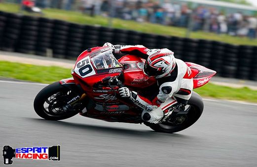 [FSBK] Magny-cours 30/06-01/07 - Page 3 Cid_fe10