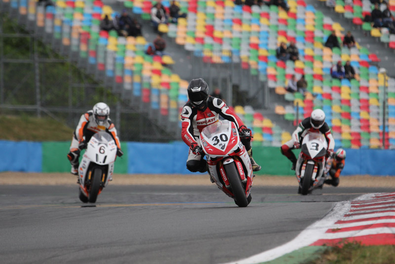 [FSBK] Magny Cours, 17 juillet 2011 - Page 3 Img_0010