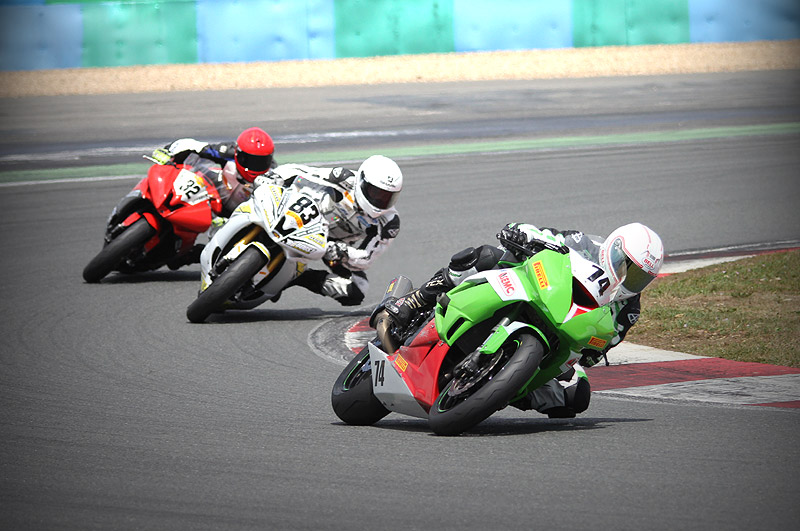 [FSBK] Magny Cours, 17 juillet 2011 - Page 3 Img_0211