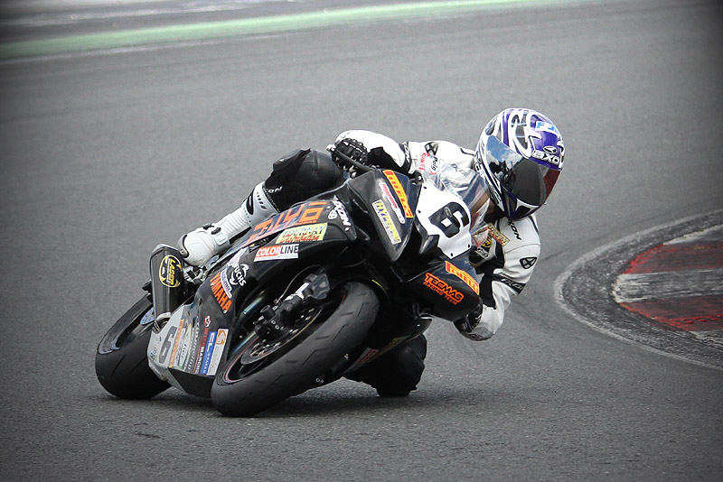 [FSBK] Magny Cours, 17 juillet 2011 - Page 3 Img_0310