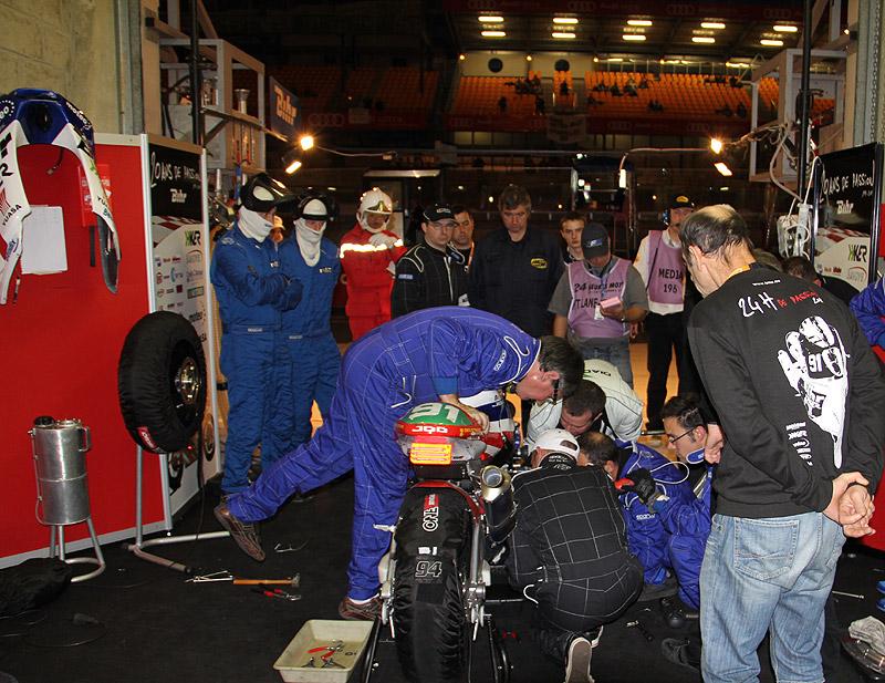 [Endurance] 24 heures du Mans, 24 et 25 septembre 2011 - Page 6 Img_2612