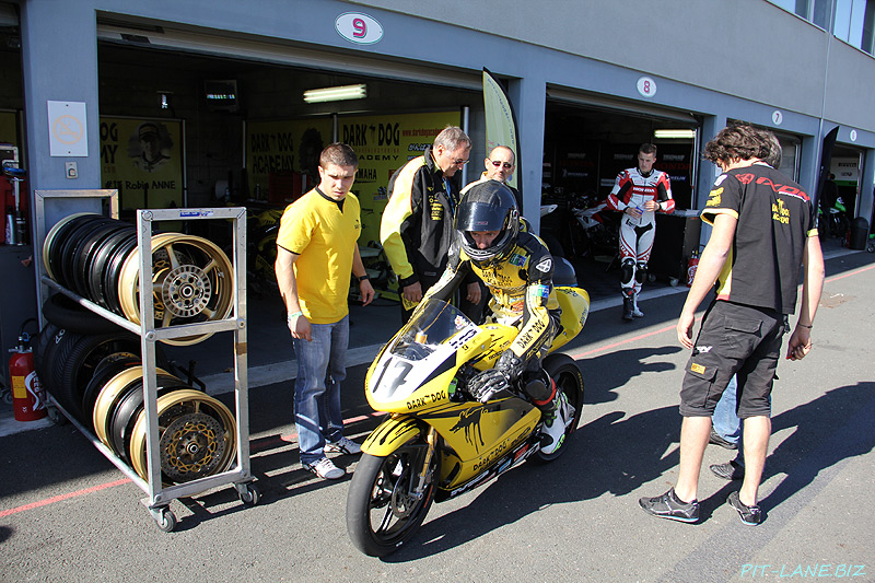 [FSBK] MG Compétition vend ses motos... Img_4913