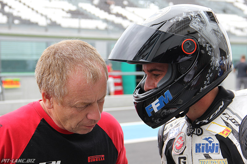 [FSBK] Magny Cours, 17 juillet 2011 - Page 3 Img_8811