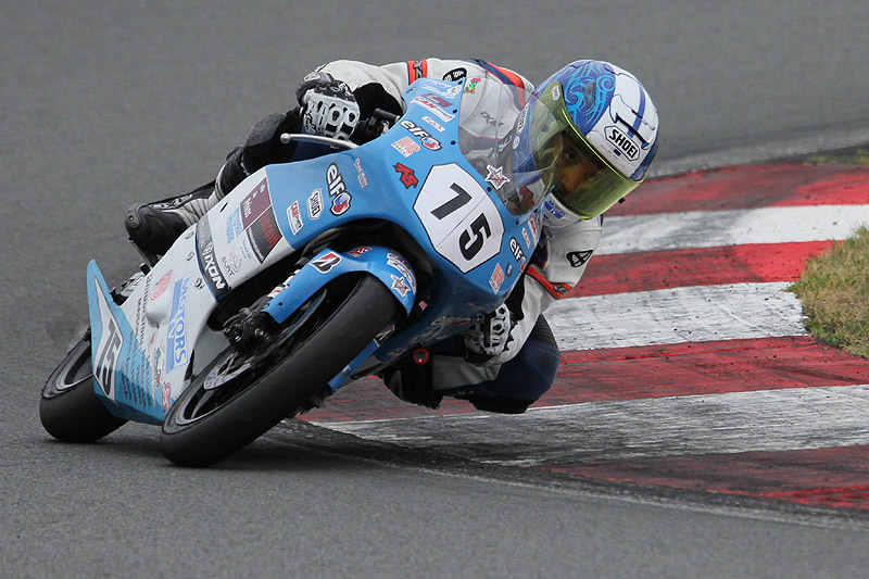 [FSBK] Magny Cours, 17 juillet 2011 - Page 3 Img_9210