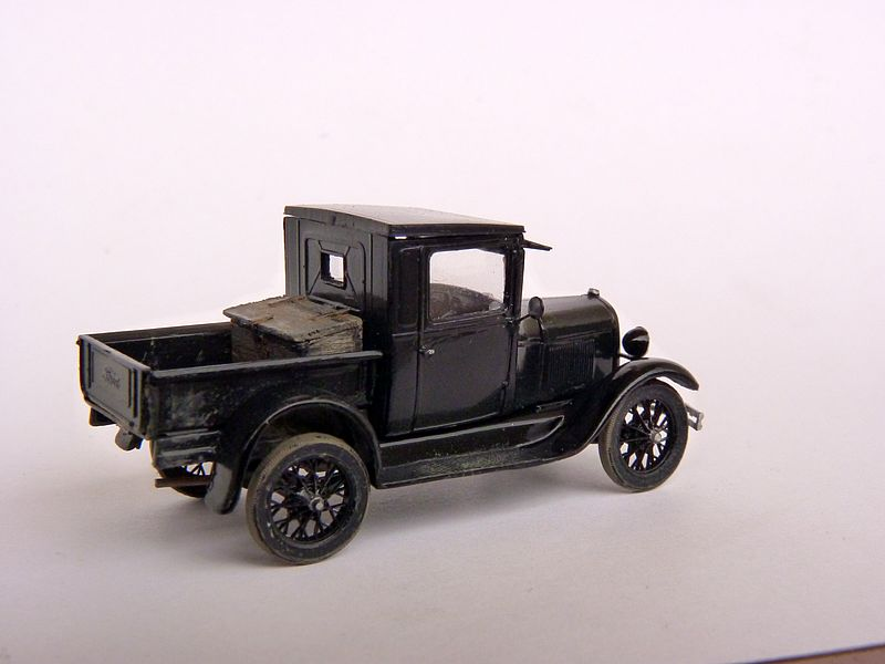 1928 Model A Ford Pickup Truck, 1:87 P1100013
